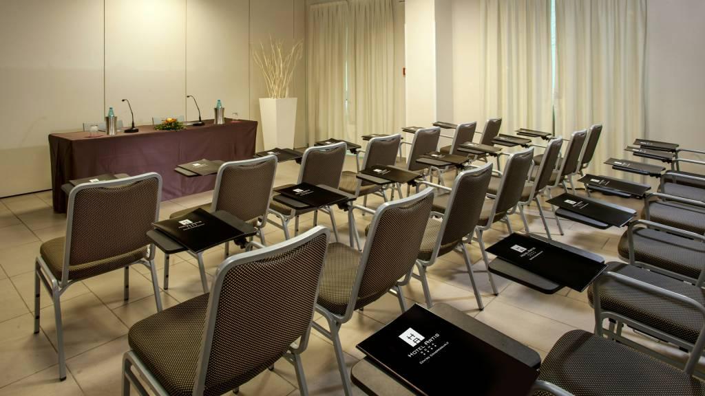 hotel-artis-rome-meeting-01