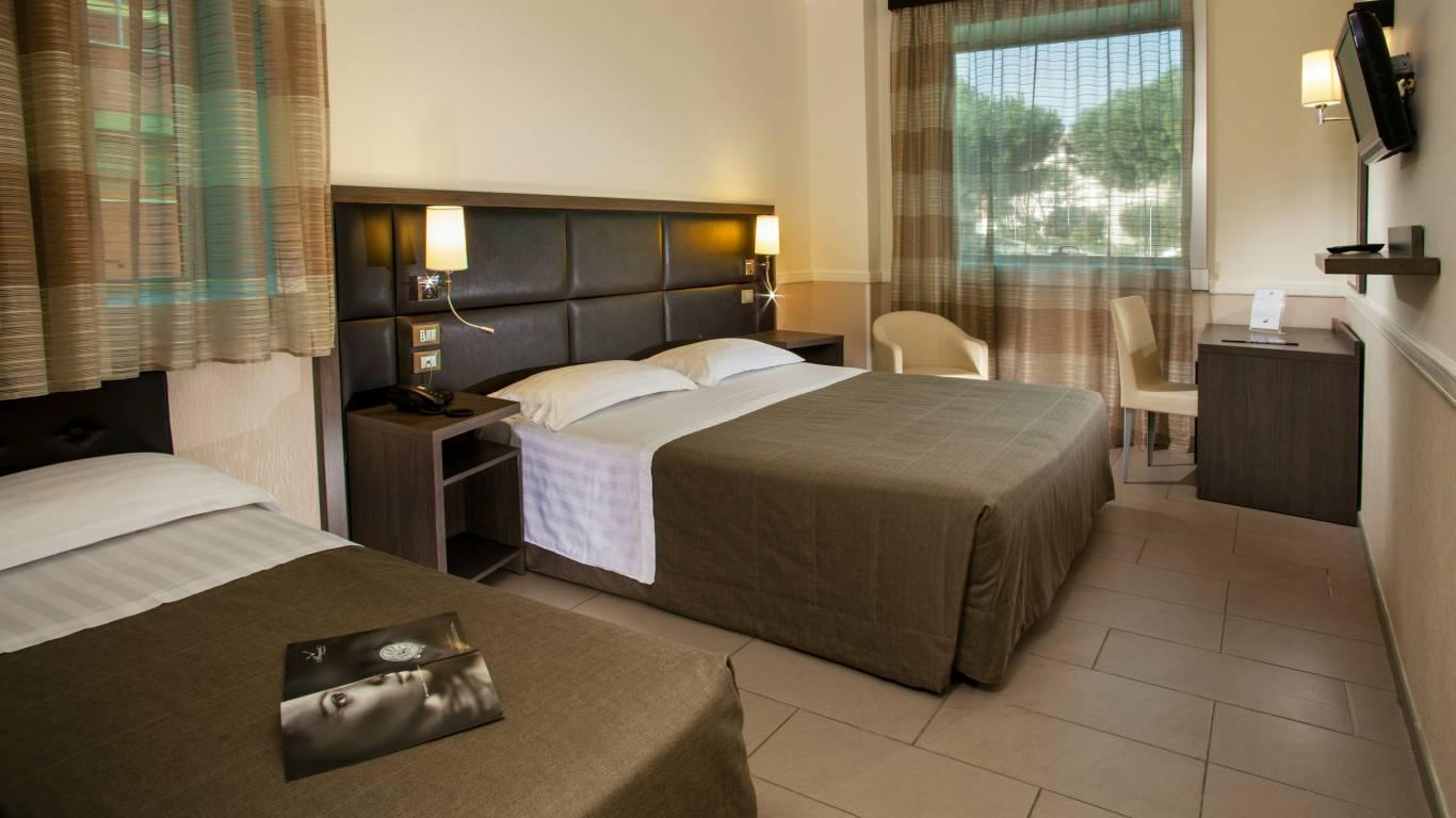 hotel-artis-roma-habitaciones-01