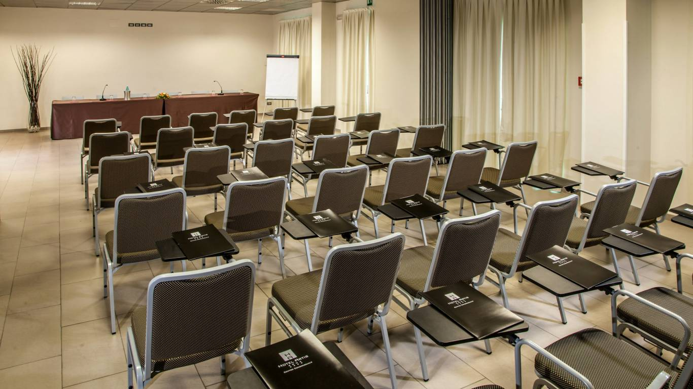 hotel-artis-rome-meeting-02
