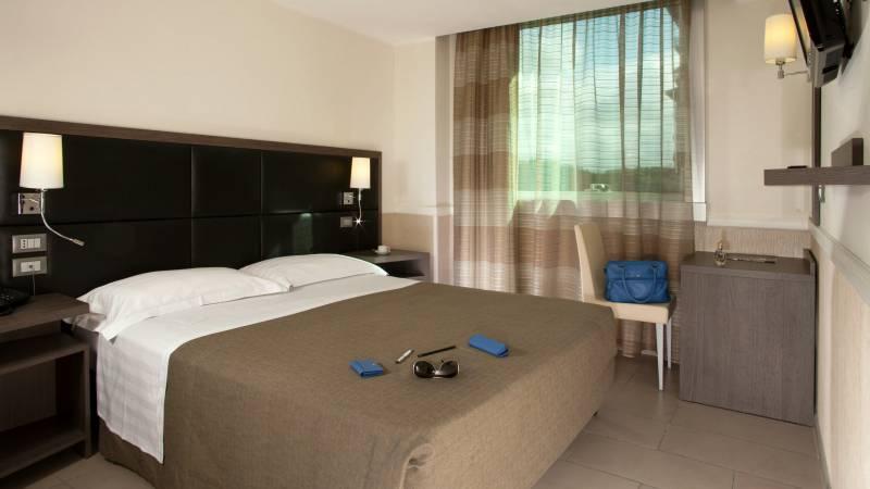 hotel-artis-roma-habitaciones-09