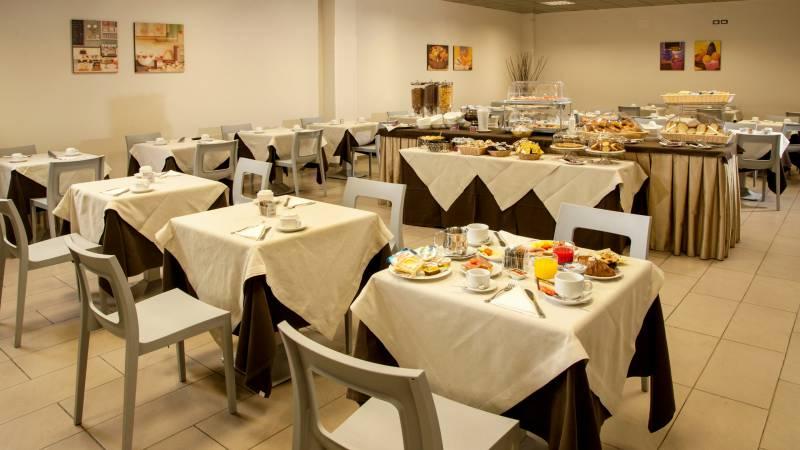 hotel-artis-roma-colazione-02