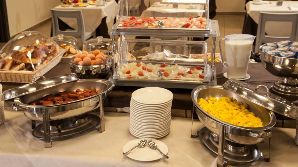 hotel-artis-roma-desayuno-05
