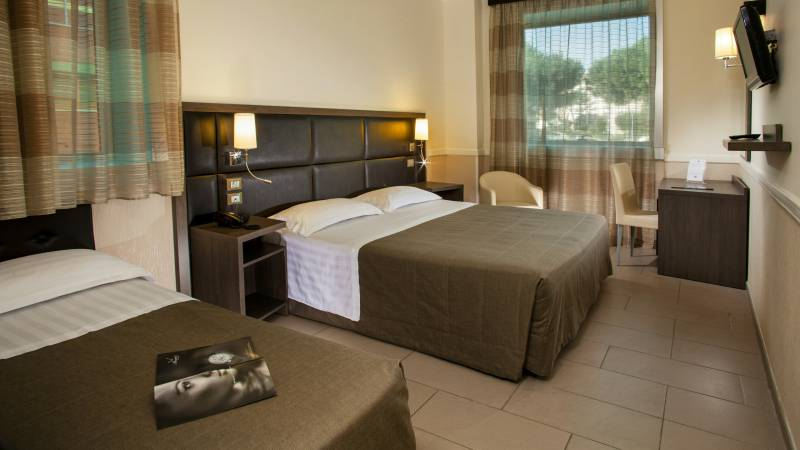 hotel-artis-rome-rooms-01