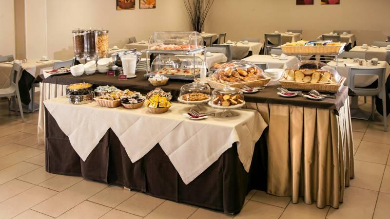hotel-artis-roma-colazione-04